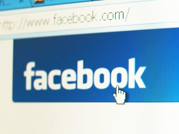 Facebook sued by father over 'explicit' photos of 12-year-old daughter