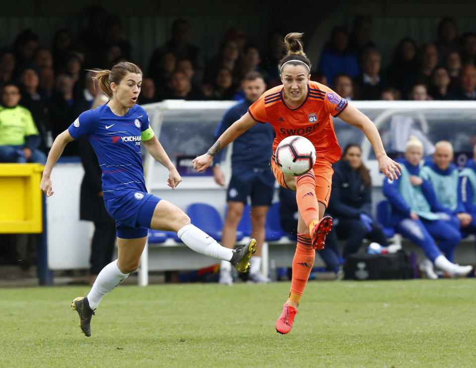 Lucy Bronze of Olympique Lyonnais Feminies (right) during Women's Champions League Semi-Final 2nd Leg between Chelsea FC Women and Lyon Féminines at The Cherry Red Records stadium in Kingsmeadow, England, 2019. (Photo: Action Foto Sport/NurPhoto via Getty Images)