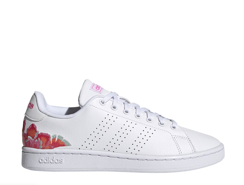 white leather Adidas Advantage Sneaker with pink flower at the back