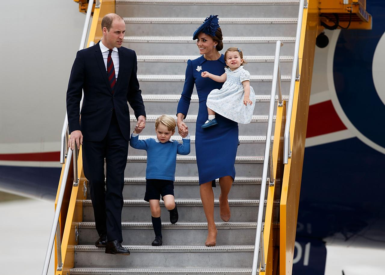 <p>As the royal family arrived in Canada for their royal tour,Prince William, Prince George, Duchess of Cambridge, and Princess Charlotte all matched in shades of blue. <i>(Photo: Getty Images)</i></p>