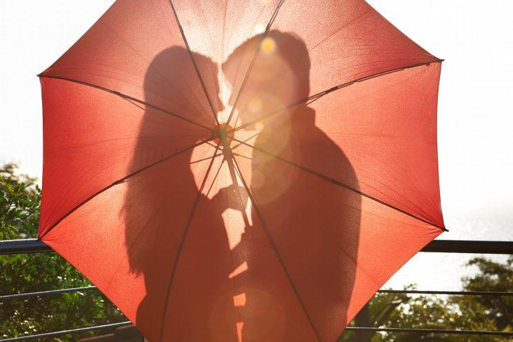 Dating in your 40s doesn't have to be difficult [Photo: Getty]