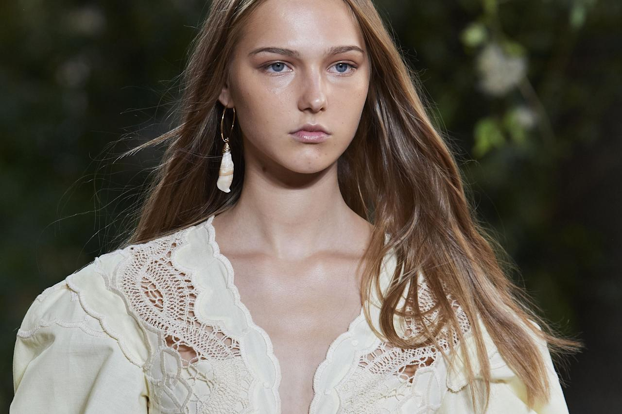 <p>Whether it's elaborate embellished updos, an 80s perm revival or the fash crowd's go-to 'I woke up like this' hair, fashion month is the place to get all your hair inspo for next season.</p><p>From Chanel and Fendi, to Ashley Williams and Molly Goddard, check out the best backstage hairstyles and trends from fashion week SS21, right here.</p>
