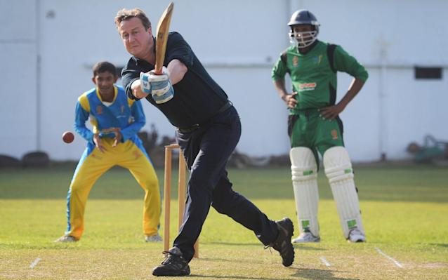 <span>David Cameron took on record Test wicket-taker Muttiah Muralitharan during a break from the Commonwealth Heads of Government Meeting in Colombo in 2013</span> <span>Credit: Stefan Rousseau/PA </span>