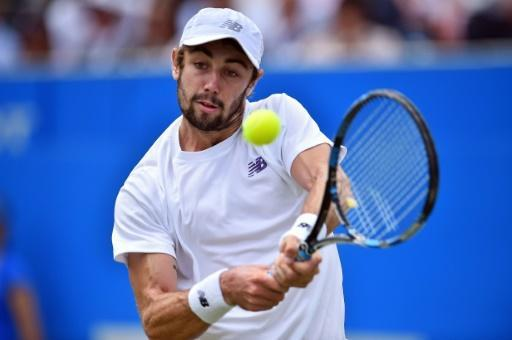 Querrey ends Thompson's Queen's fairytale
