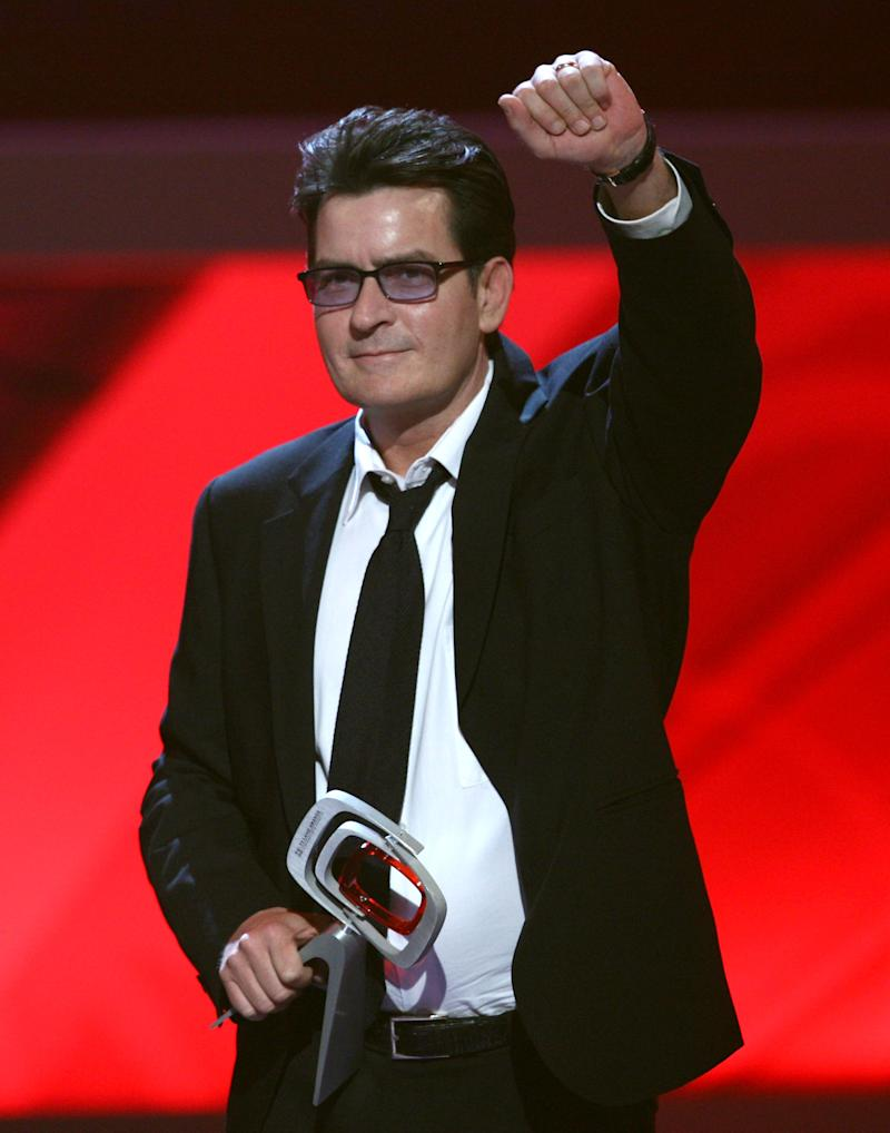 "UNIVERSAL CITY, CA - APRIL 19: Actor Charlie Sheen accepts the Future Classic Award for ""Two and a Half Men"" onstageonstage at the 7th Annual TV Land Awards held at Gibson Amphitheatre on April 19, 2009 in Unversal City, California. (Photo by Alberto E. Rodriguez/Getty Images)"