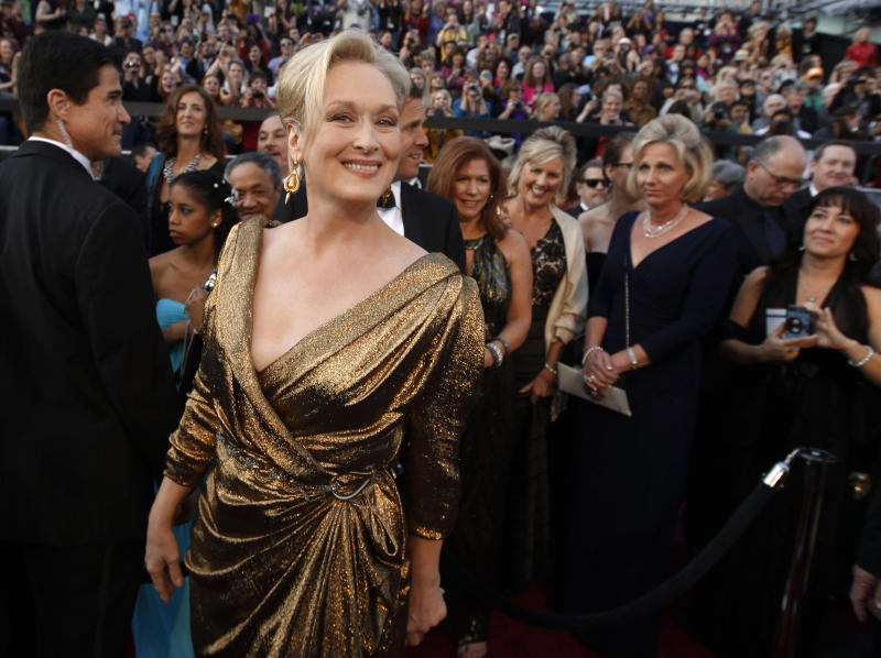 Meryl Streep arrives before the 84th Academy Awards on Sunday, Feb. 26, 2012, in the Hollywood section of Los Angeles. (AP Photo/Chris Carlson)