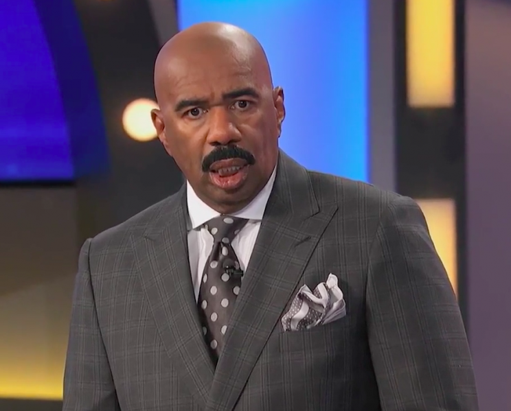 Steve Harvey reacts to contestant's T-rex impression on <em>Family Feud</em>. (Photo: Family Feud)