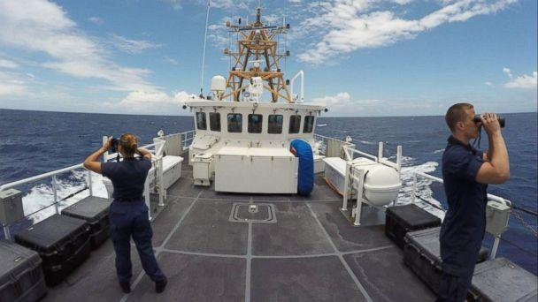 PHOTO: Members of the Coast Guard search for Isabella Hellman west of Cay Sal, Bahamas, May 17, 2017. (U.S. Coast Guard)