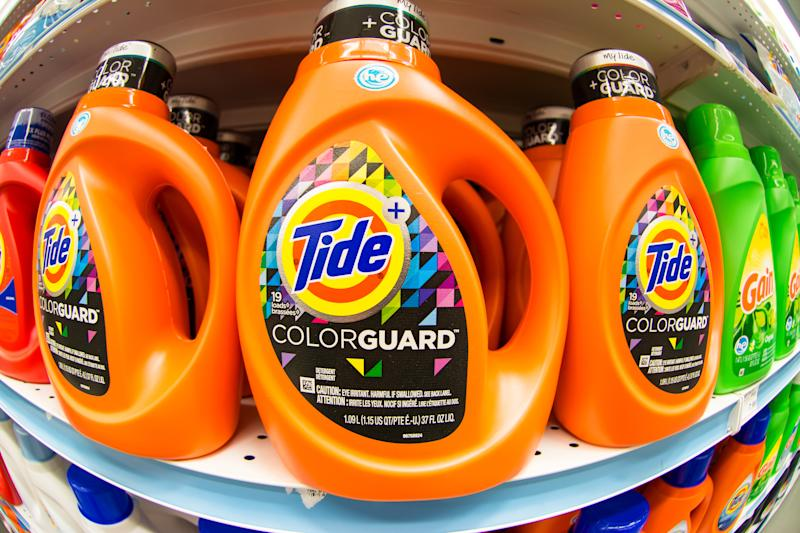TORONTO, ONTARIO, CANADA - 2015/04/03: Tide laundry detergent in store shelf.Tide is the brand-name of a laundry detergent manufactured by Procter & Gamble, first introduced in 1946. (Photo by Roberto Machado Noa/LightRocket via Getty Images)