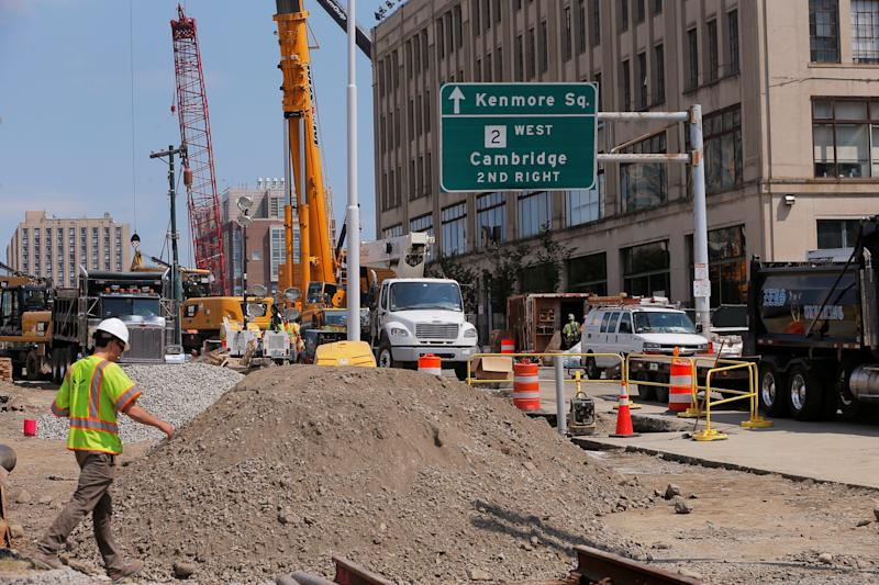 House Democrats Roll Out 5-Year, $760 Billion Infrastructure Plan