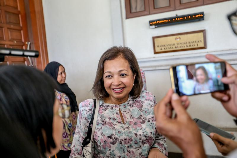 Datin Paduka Marina Mahathir is pictured at the Kuala Lumpur Courts Complex August 27, 2019. — Picture by Firdaus Latif