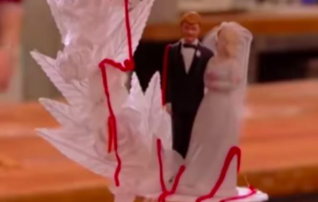 """<p>I mean, if the theme of the wedding was """"blood-splattered murder,"""" this vibe makes total sense.</p>"""