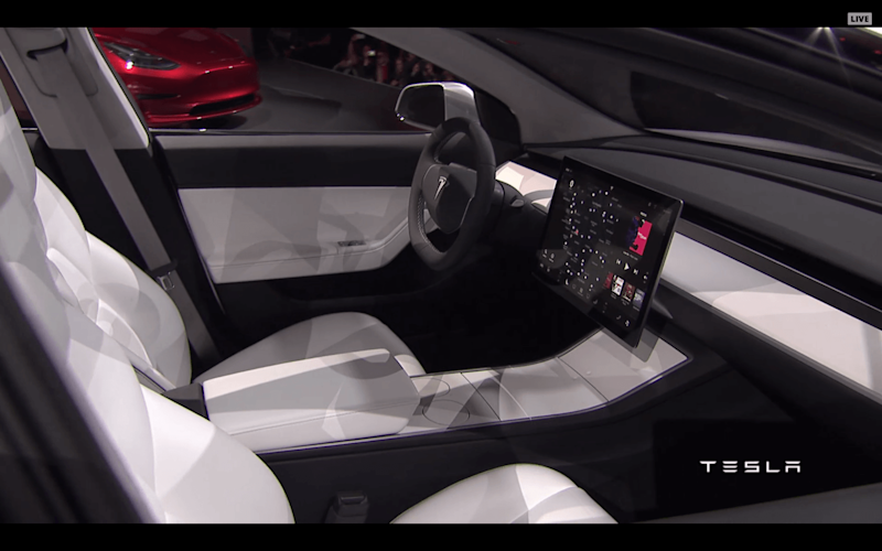 Tesla Model 3 Could Have A Hud Dashboard Nice Surprise For Early Depositors