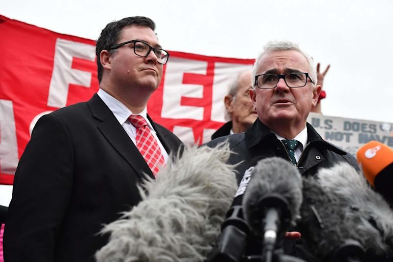 George Christensen (L) and Andrew Wilkie (R) hold a press conference at Belmarsh Prison (Getty Images)