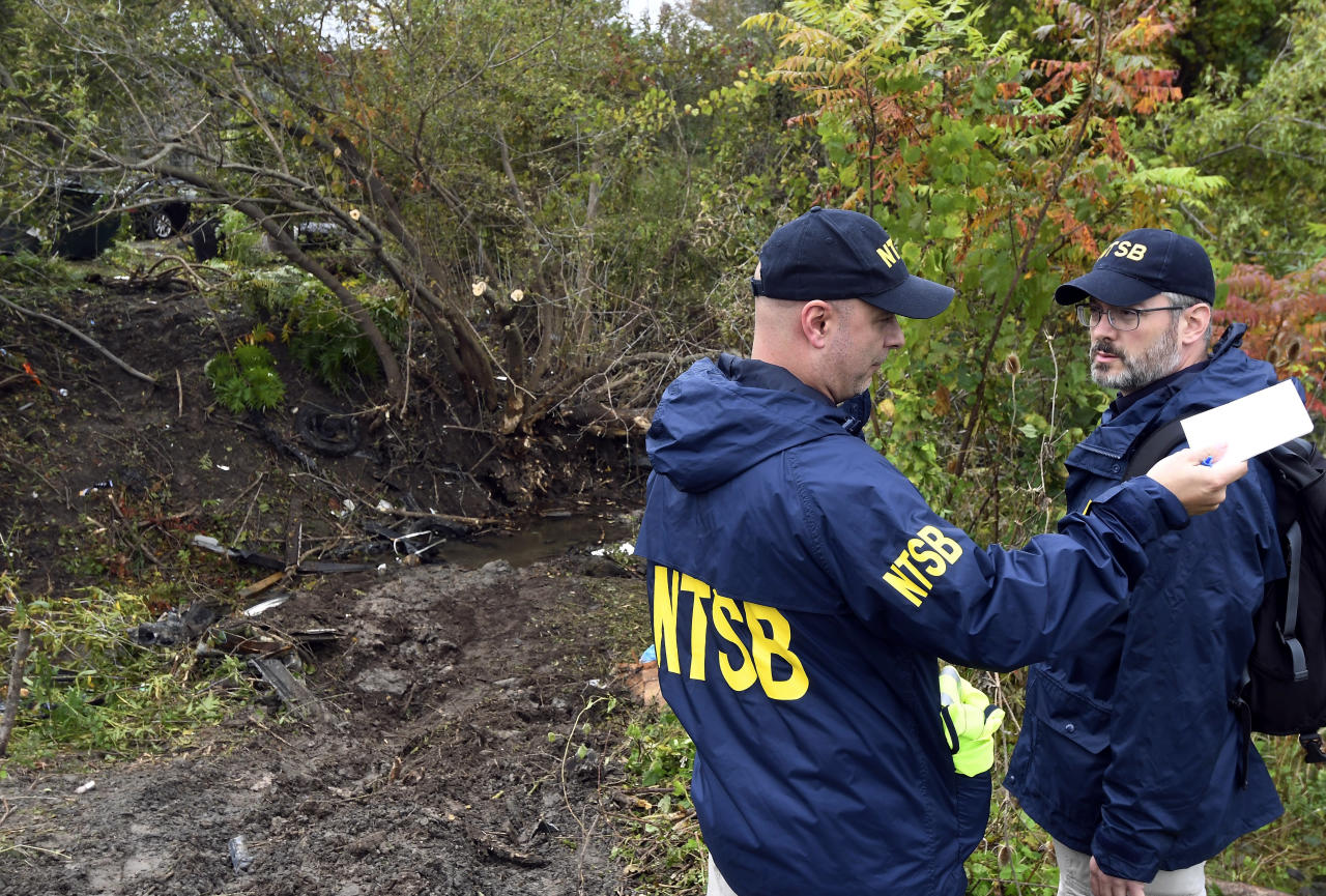 Limo that crashed in NY, killing 20, failed inspection
