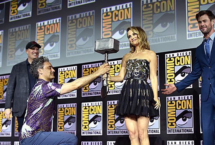 Thor: Love and Thunder's Chris Hemsworth, Natalie Portman and Taika Waititi with Kevin Feige at Comic-Con