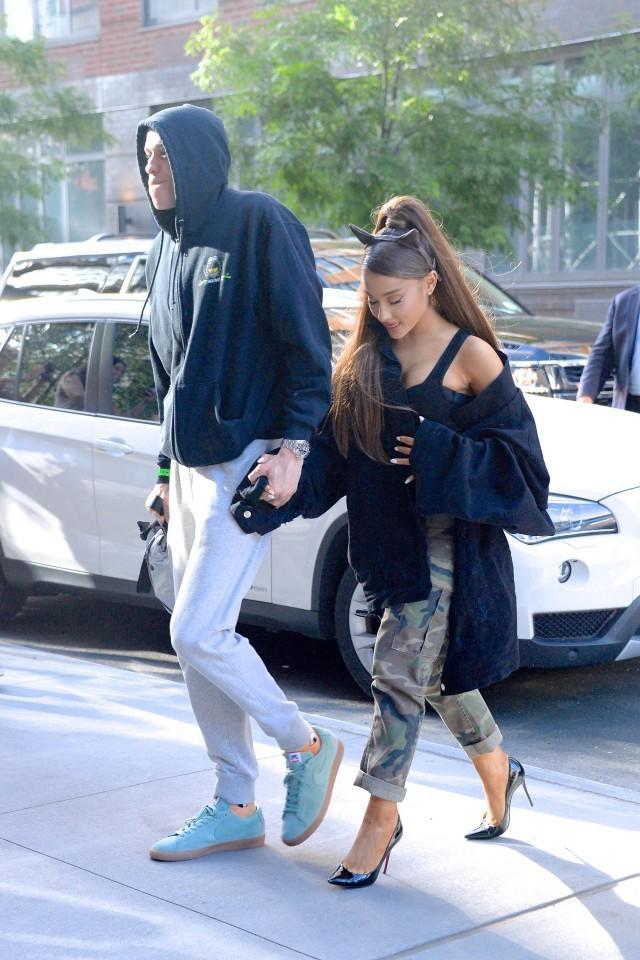 The singer was spotted with a new tattoo on her foot earlier this week.
