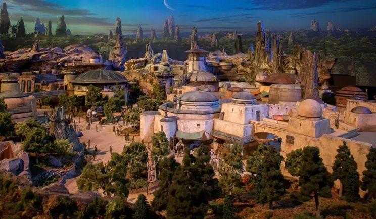 A good look at Disney's Star Wars Land - Credit: Disney