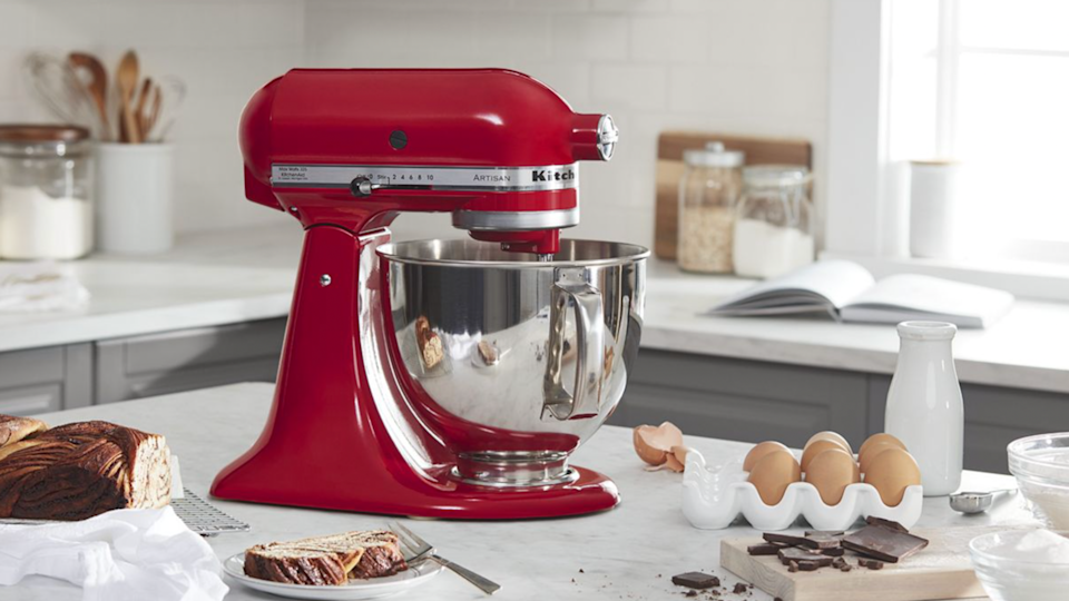 Gifts for bakers: Kitchenaid 5 Quart Tilt-Head Stand Mixer