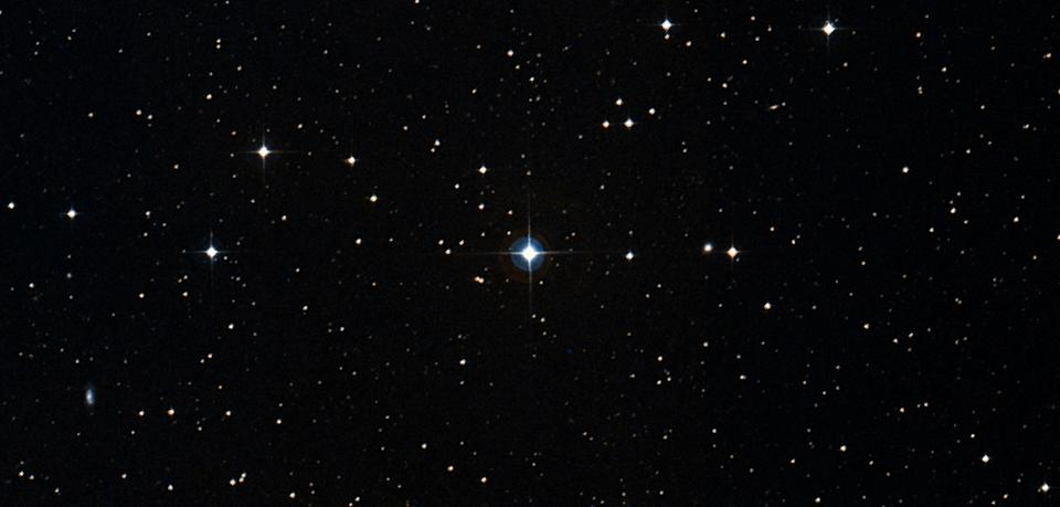 A view of HS Hydra, in the center, captured by the Digitized Sky Survey.