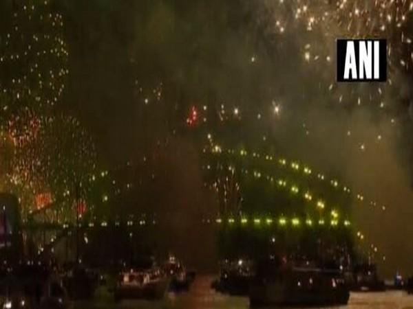 Fireworks at the Sydney Harbour Bridge on New Year's Eve 2018 (Photo/ANI)