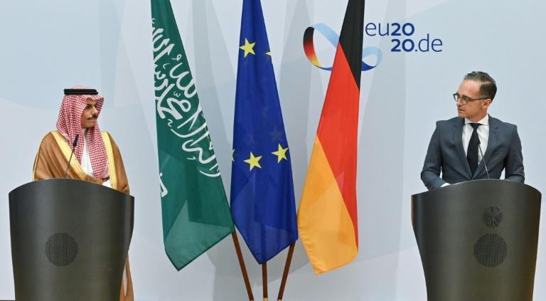 At a press conference with German Foreign Minister Heiko Maas (R), his Saudi counterpart Prince Faisal bin Farhan Al-Saud renewed criticism of Israeli policy on the Palestinians