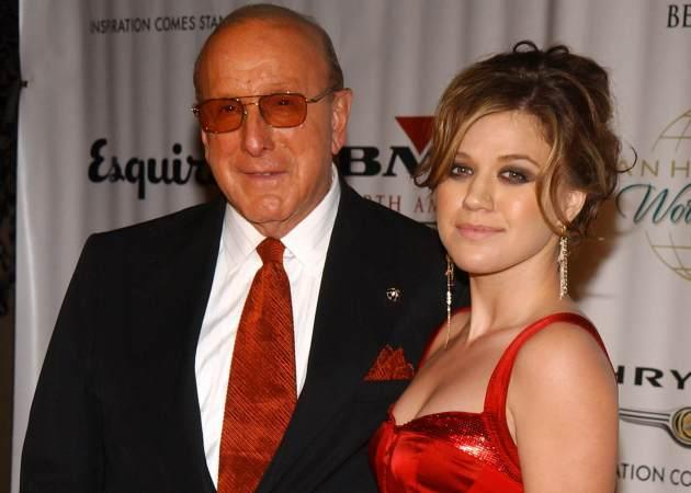 Clive Davis and Kelly Clarkson during Clive Davis Hosts A Celebration of The American Music Awards - Arrivals at Esquire House in Beverly Hills, Calif. in 2004 -- Getty Premium