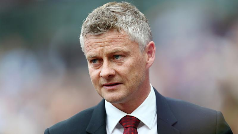 Manchester United looking to sign new striker – Solskjaer