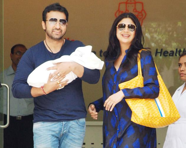 The couple outside the hospital where Shilpa gave birth to her baby