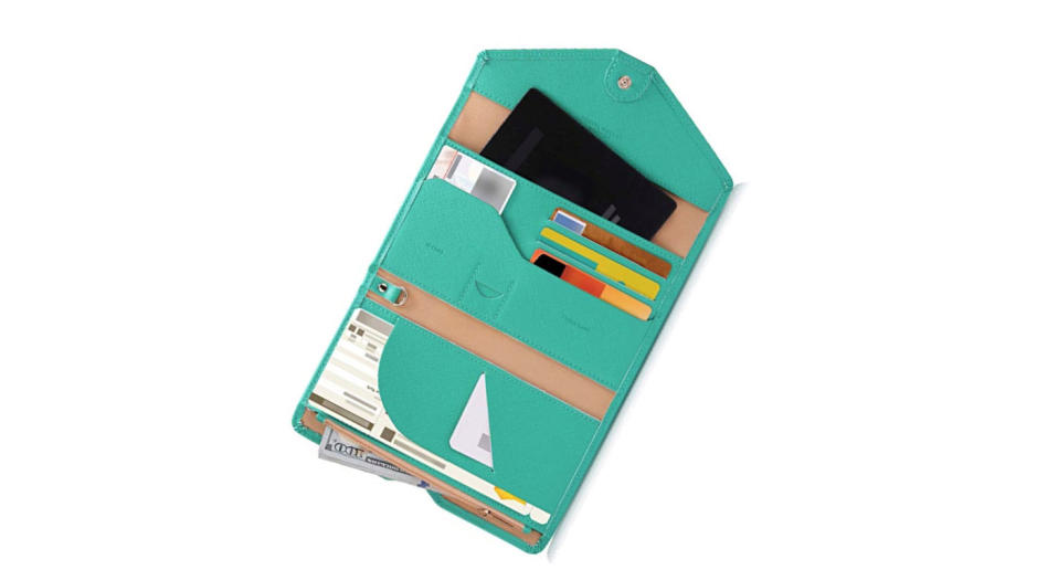 Protect your personal information with this eco-friendly trifold travel document organizer (Photo: Zoppen)