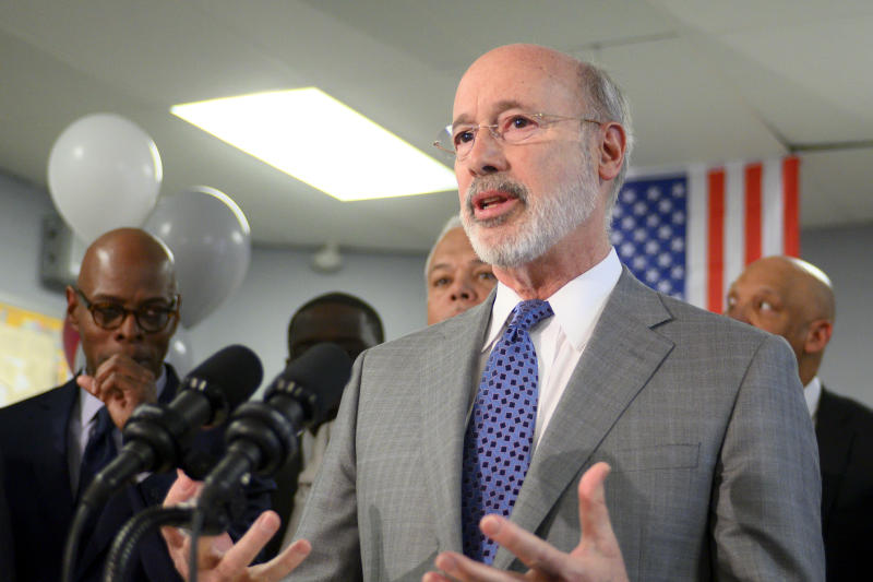 """Pennsylvania Gov. Tom Wolf announced that the state will allow professional sports to resume under their """"yellow"""" and """"green"""" reopening phases. (Photo by Bastiaan Slabbers/NurPhoto via Getty Images)"""