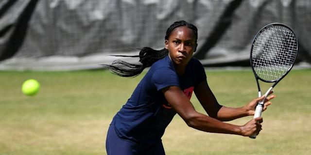 "US 15-year-old Cori ""Coco"" Gauff faces big expectations at the US Open after a run to the fourth round at Wimbledon in her Grand Slam debut (AFP Photo/Daniel LEAL-OLIVAS)"