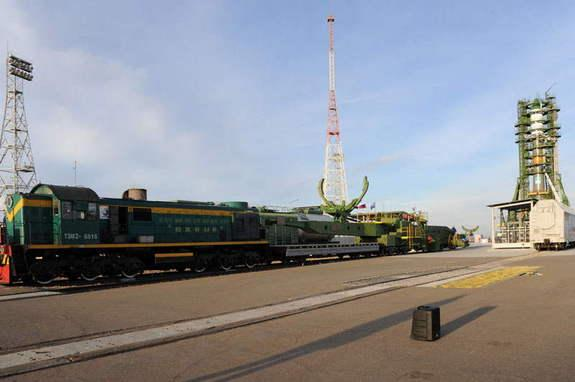 The Soyuz launch vehicle with Progress M-21M cargo vehicle rolled out and was installed on the launch pad at the Baikonur launch site, Kazakhstan, on Nov. 23, 2013. Launch is scheduled for Nov. 25.
