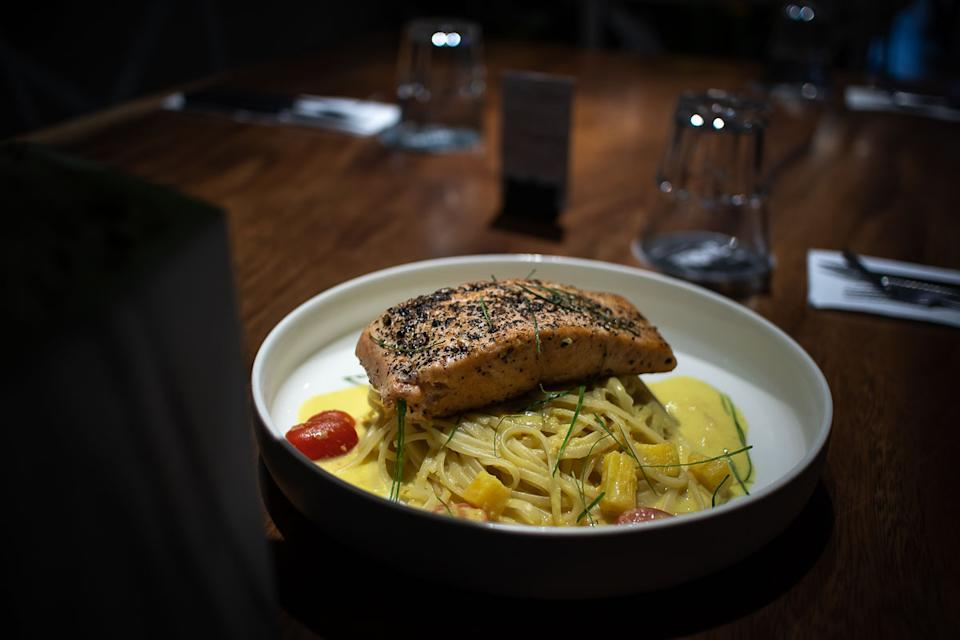 Smok Norwegian Salmon Linguine (PHOTO: Zat Astha/Yahoo Lifestyle SEA)