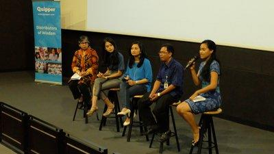 From left to right: Itje Chodidjah (Education Expert), Maudy Ayunda (Brand Ambassador Quipper Indonesia), Tri Nuraini (PR & Marketing Manager Quipper Indonesia), Sutrianto (Ministry of Education and Culture of Indonesia)