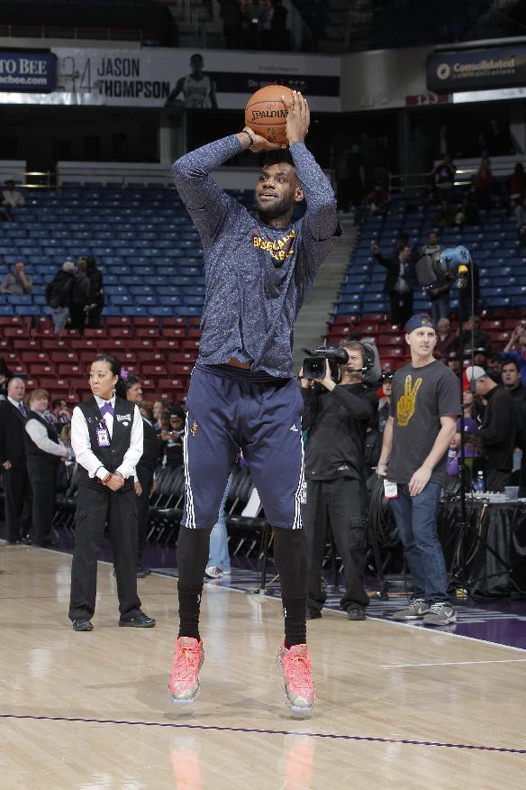 LeBron practices, says he's 'game-time decision' vs Suns