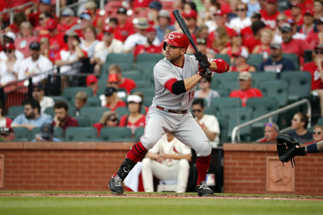 Cincinnati Reds' Joey Votto bats during the first inning of a baseball game against the St. Louis Cardinals Saturday, July 14, 2018, in St. Louis. (AP Photo/Jeff Roberson)