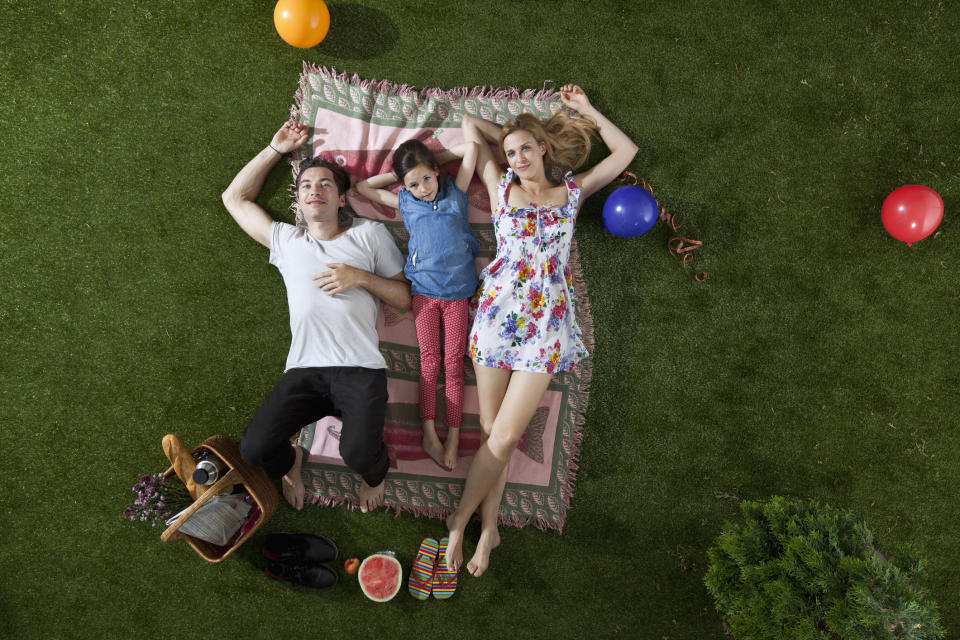 Plan the Father's Day picnic of his dreams! (Photo: Getty)