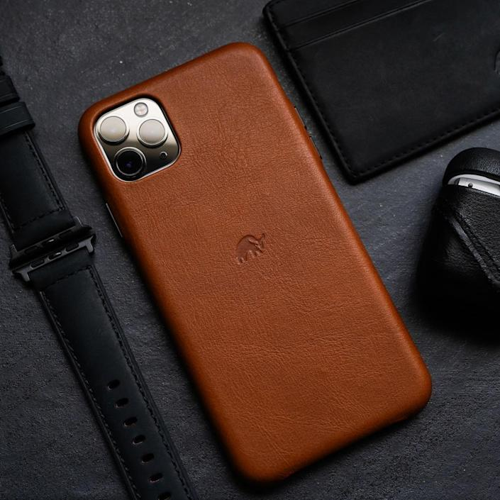 """<h2>Bullstrap Calfskin Leather iPhone Case</h2><br>No cracked screen for this fastidious fellow — he keeps his precious iPhone 12 safely shrouded 24-7. Of course, only a minimal leather case will do for his minimal tastes — it will break in beautifully with age and doesn't detract from the phone's slim profile.<br><br><em>Shop <strong><a href=""""https://bullstrap.co/"""" rel=""""nofollow noopener"""" target=""""_blank"""" data-ylk=""""slk:Bullstrap"""" class=""""link rapid-noclick-resp"""">Bullstrap</a></strong></em><br><br><strong>Bullstrap</strong> Calfskin Leather iPhone Case, $, available at <a href=""""https://go.skimresources.com/?id=30283X879131&url=https%3A%2F%2Fbullstrap.co%2Fproducts%2Fiphone-case-sienna%3F"""" rel=""""nofollow noopener"""" target=""""_blank"""" data-ylk=""""slk:Bullstrap"""" class=""""link rapid-noclick-resp"""">Bullstrap</a>"""