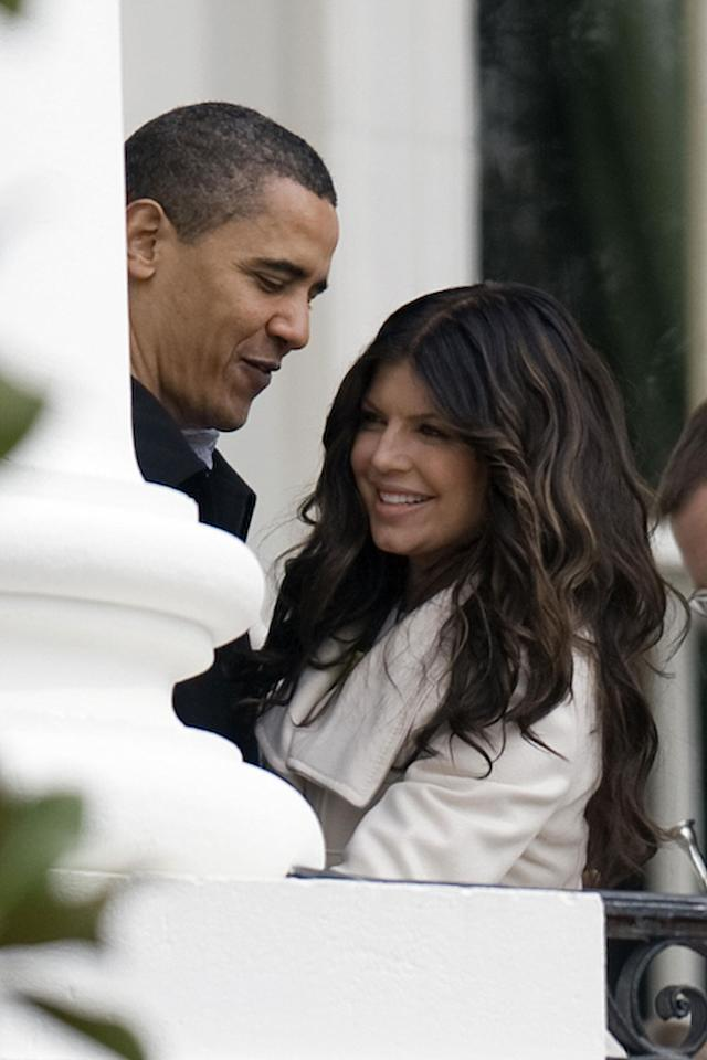 <p>Obama thanks Fergie after she sang the national anthem at the 2009 White House Easter Egg Roll. </p>
