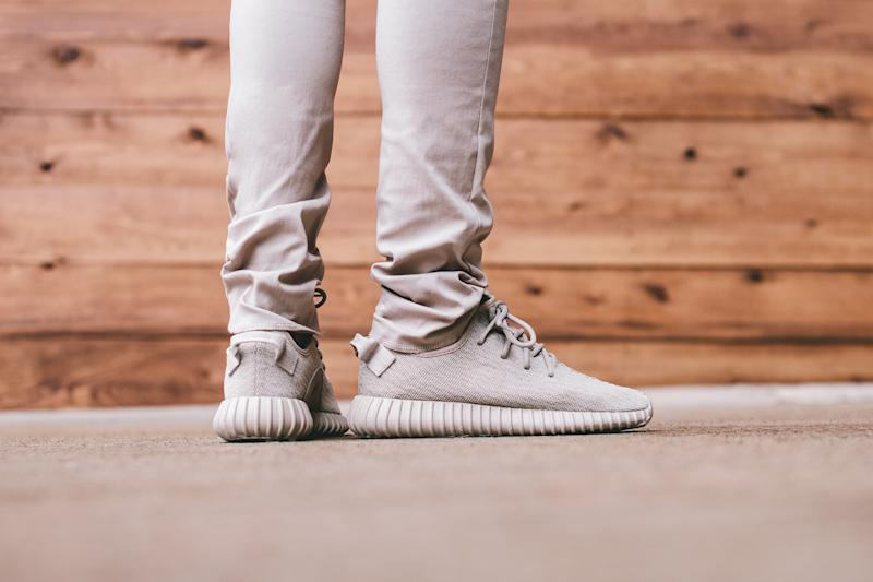 75b78e7413a Here s a Closer Look at the Yeezy Boost 350  Oxford Tan