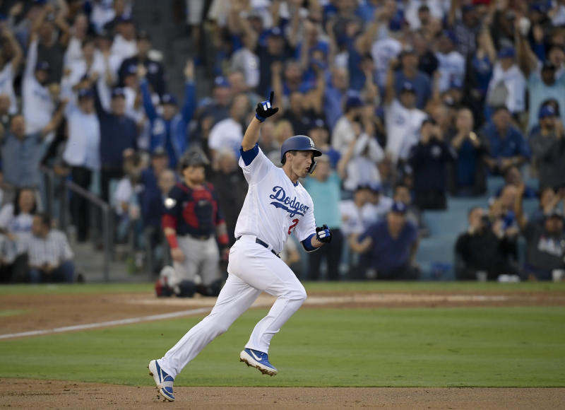 Dodgers' Freese announces retirement from Major League Baseball after 11 seasons