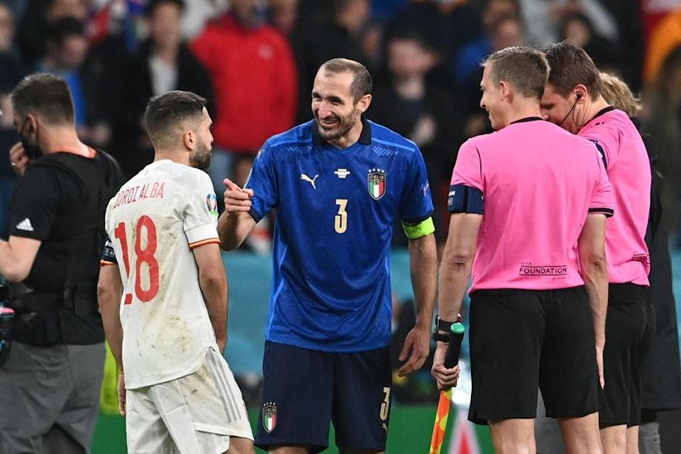 Chiellini could not have been more relaxed before the penalty shootout against Spain (POOL/AFP via Getty Images)