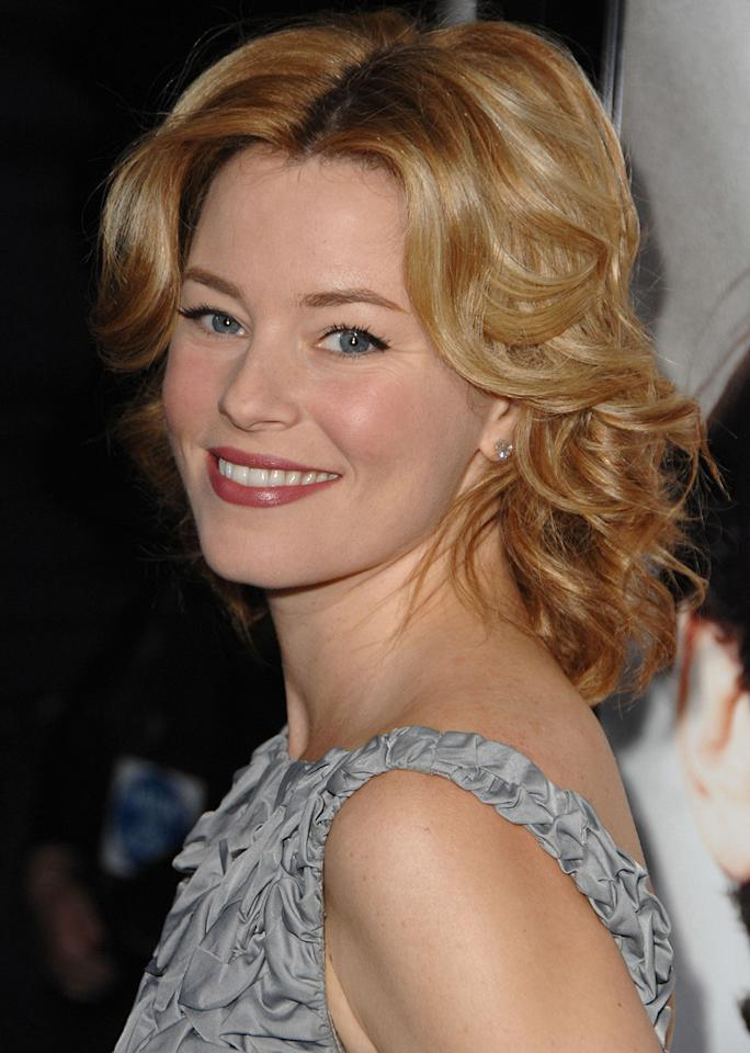 "<a href=""http://movies.yahoo.com/movie/contributor/1807816351"">Elizabeth Banks</a> at the Los Angeles premiere of <a href=""http://movies.yahoo.com/movie/1810041985/info"">Milk</a> - 11/13/2008"