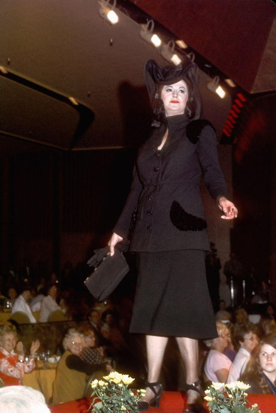 <p>Not sure exactly why Bea Arthur was strutting her stuff in this all-black ensemble, but you've gotta love that runway style. </p>