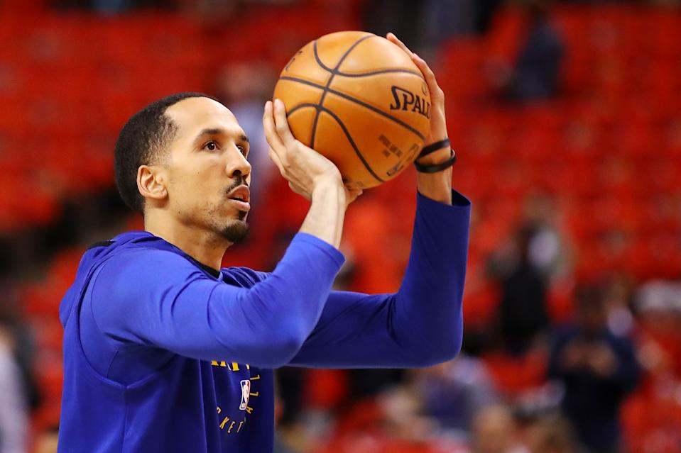 TORONTO, ONTARIO - JUNE 10:  Shaun Livingston #34 of the Golden State Warriors warms up prior to Game Five of the 2019 NBA Finals against the Toronto Raptors at Scotiabank Arena on June 10, 2019 in Toronto, Canada. NOTE TO USER: User expressly acknowledges and agrees that, by downloading and or using this photograph, User is consenting to the terms and conditions of the Getty Images License Agreement. (Photo by Gregory Shamus/Getty Images)
