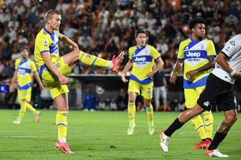 Matthijs De Ligt's strike at Spezia earned Juve their first win of the season (AFP/ANDREAS SOLARO)