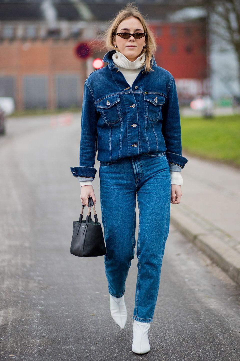 <p>Team with top-to-toe denim, but include cream or white hues elsewhere in your ensemble for an elegant touch.</p>