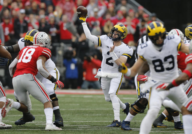 Shea Patterson says he will return to MI  in 2019