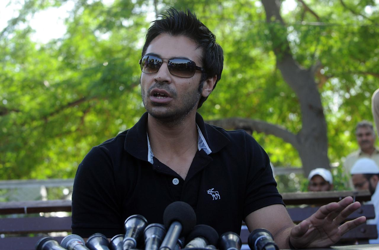Former Pakistani cricketer Salman Butt addresses a news conference in Lahore on April 17, 2013. Butt lost his appeal at the Court of Arbitration for Sport against a spot-fixing ban, was once touted as a prospect to lead Pakistan for years to come.  AFP PHOTO / ARIF ALI